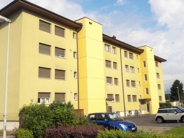 Preiswertes Wohnen nahe Schwimmbad und Autobahnanschluss