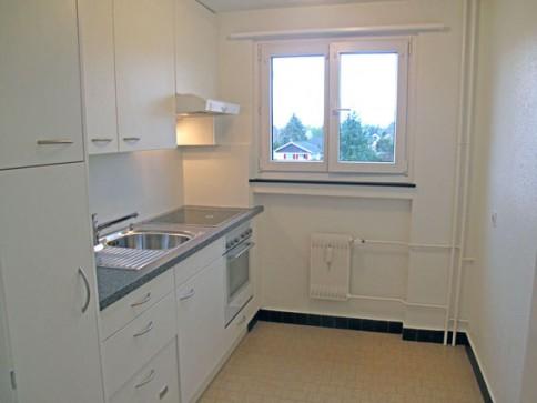 Renovierte 4-Zi-Wohnung mit Balkon