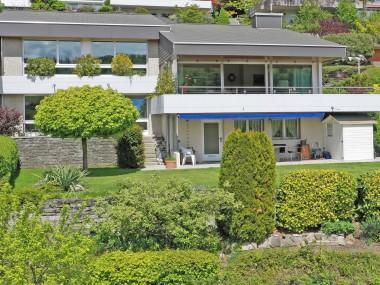 RESERVIERT: 6.5-Zi Haus+gr.HobbyR:Panorama-WohnZ,Kamin,2Bäder,DGarage