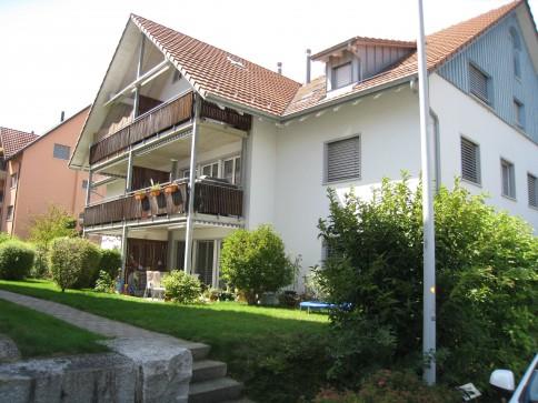 riesige Dachwohnung mit Galerie und Balkon