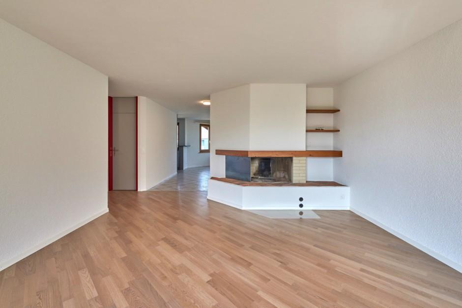 sch n renovierte 4 5 zi whg mit chemin e immoscout24. Black Bedroom Furniture Sets. Home Design Ideas