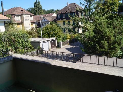 Schöne, helle Wohung an zentr. Lage in Bern-Liebefeld mit 2 Balkonen