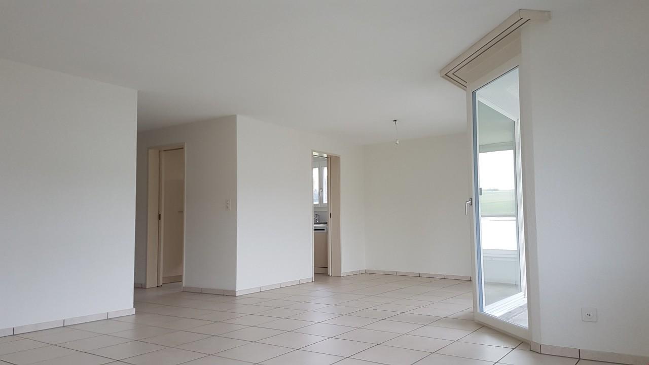 Schöne, moderne 4 1/2 Zimmerwohnung - ImmoScout24