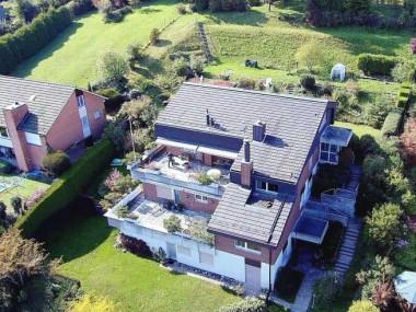 Verkauf: Terrassenhäuser mit Weitsicht an Hanglage