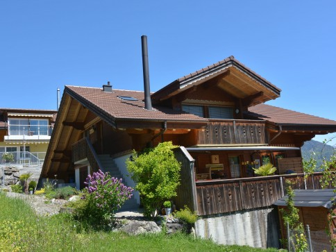 Traumhaftes Chalet an erstklassiger Lage am Thunersee