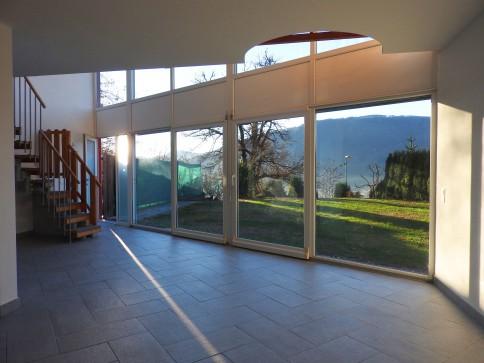 Villetta Bifamiliare a Ponte Tresa Svizzera