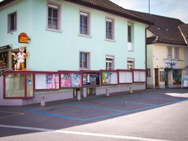 Werbeschaukasten Post Reinach