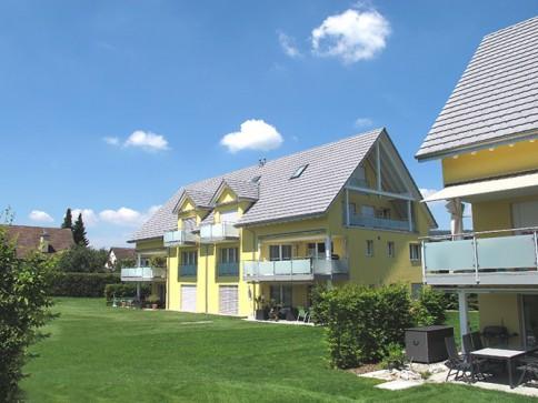 Wohnen im Grünen auf 2 Etagen 132 m2 Seesicht und Burg Hohenklingen