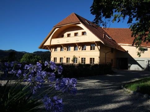Wohnkomfort an traumhafter Lage in neu renoviertem Bauernhaus