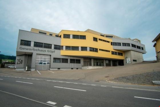 Gewerbehaus Güpf, erstklassige Büroräume im 2. OG