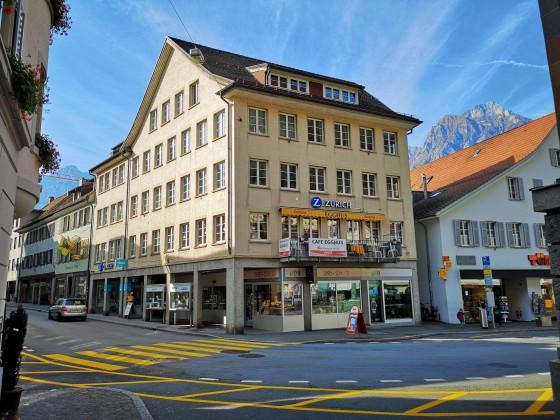 Rathausplatz 4