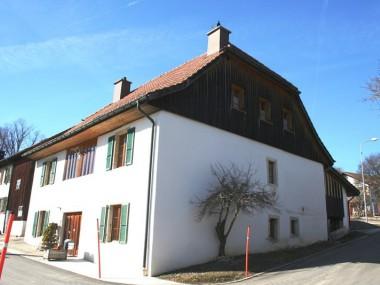 Heimeliges, altes Dorfhaus, komplett renoviert
