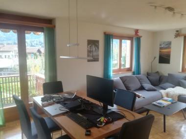 Helle 3-Zimmerwohnung mit Balkon in Bönigen