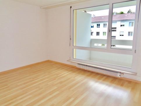2-Zi.-Wohnung an schönster Lage in Ostermundigen inkl. Parkplatz