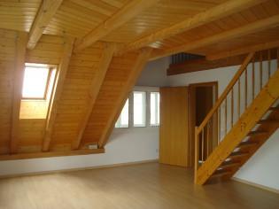 3.5 Zi. Wohnung ca. 125 m2 ruhig hell rustikal Cheminee