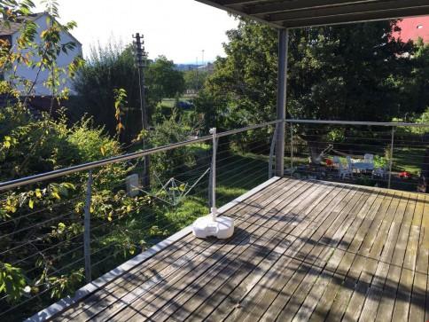 3.5 Zi-Wohnung mit grosser gedeckter Terasse und Garten