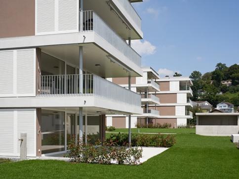 3.5-Zimmer-Gartenwohnung mit 47 m2 Terrasse