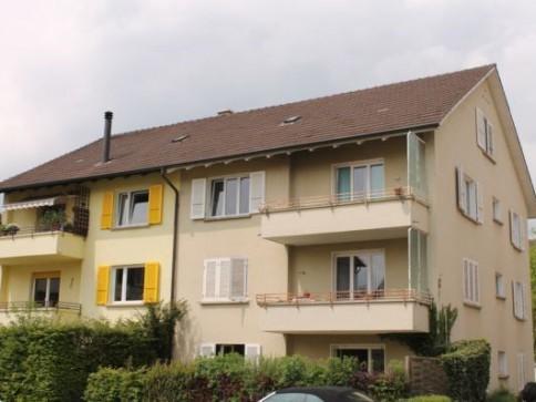 3.5-Zimmerwohnung mit Balkon in Biel-Mett