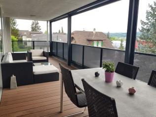 Balkon Mit Elektrischen Markisen