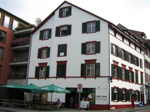 Altbauwohnung Nähe Rheinpromenade