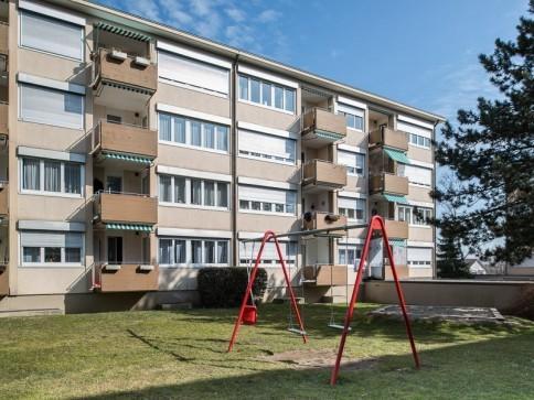 Attraktive 3.5 Zimmerwohnung mit Balkon