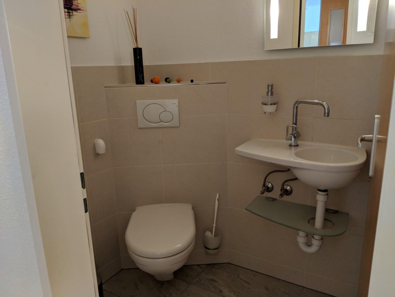 Aussichtsreiche und zentrumsnahe wohnung immoscout24 for Badezimmer 8m2