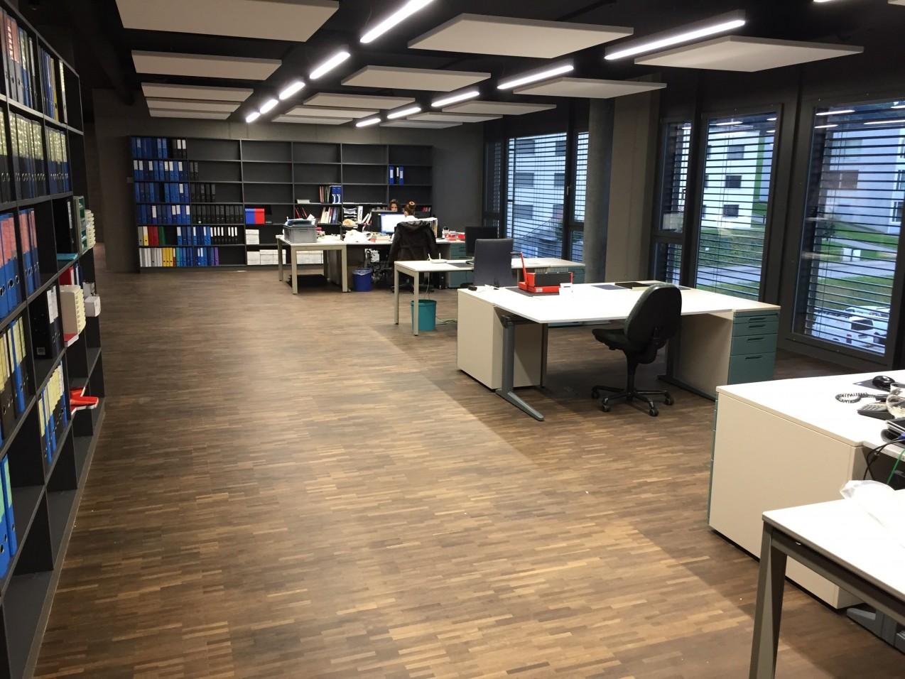 bureau exposition 209 m2 175 m2 dans une nouvelle construction immoscout24. Black Bedroom Furniture Sets. Home Design Ideas