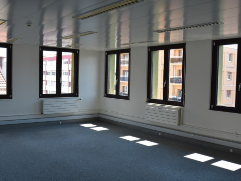 Bureaux de 42 m2 et 58 m2 à louer à Lausanne