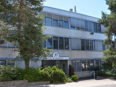 Bureaux, locaux de 300 m2 divisibles à louer au Mont sur Lausanne