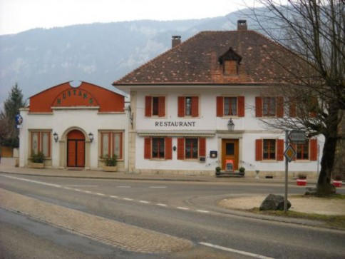 Crémines - Cabaret-Dancing-Restaurant, maison annexe, dépôt.