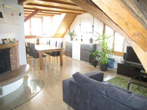 Dachwohnung in Sutz