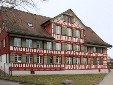 Ehrwürdig und nostalgisch- rustikales Wohnen oder wie Ferien.....