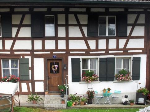 Erschwingliches Einfamilienhaus im Weinland