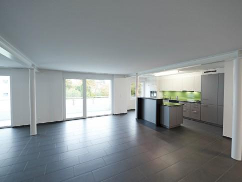Erstbezug in topmoderne 5,5-Zimmerwohnung im gehobenen Standard