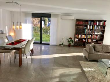 Grande appartamento soleggiato con terrazza e giardino