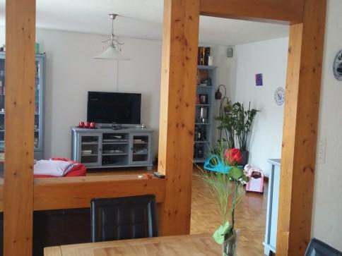 Grosszügige 4.5-Zimmerwohnung an zentraler Lage