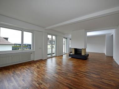Grosszügige Wohnung an idealer Lage!