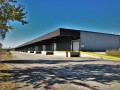 Halle logistique de 9000 m2 divisible à louer à 30 minutes de Lausanne