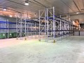 Halle logistique, showroom et bureaux à louer à Nyon