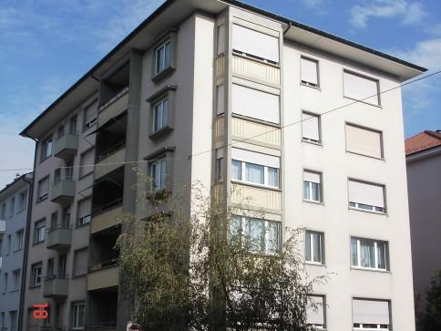 helle zentrale 3.0-Zimmer-Wohnung mit Lift