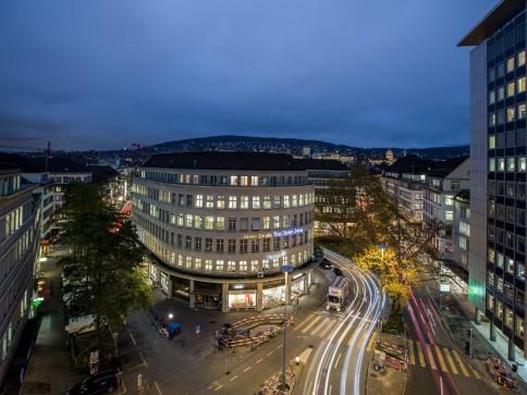 Historisch aber nicht verstaubt - ausgebaute Büroflächen im Schmidhof