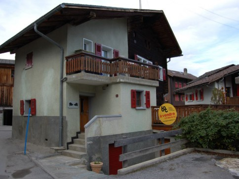 Location à la saison : Appartement typique avec grande terrasse sud.