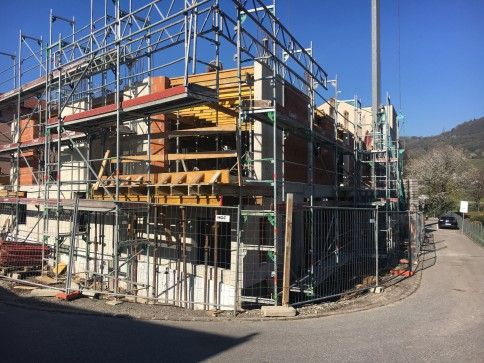 Mendrisio Nuova costruzione 2,5 locali con giardino o terrazzini