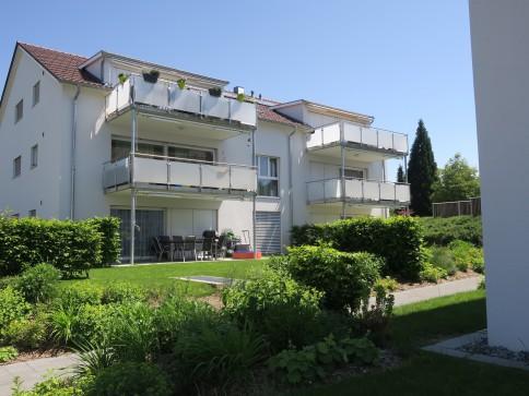 Moderne 3.5-Zimmer-Dachwohnung in Gurmels