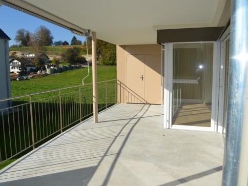 Moderne, 4 1/2-Zimmer-Wohnung mit grosser Terrase Aarwangen