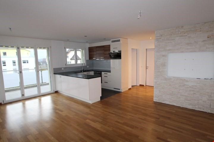 per sofort zu vermieten moderne 4 5 zi wohnungen in triengen immoscout24. Black Bedroom Furniture Sets. Home Design Ideas