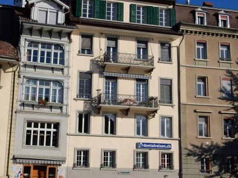 Renovierte 5 Zimmerwohnung an der Aare im Zentrum von Thun
