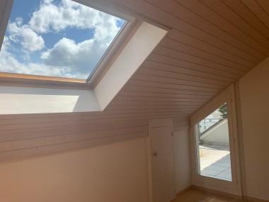 Schöne 4.5 Zimmerwohnung mit Balkon