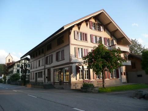 Sehr geräumige 4-Zimmer-Wohnung im Zentrum von Sumiswald