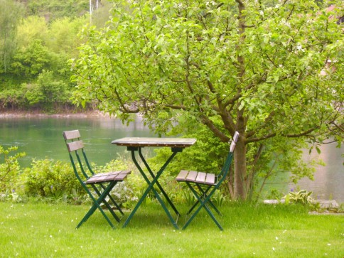Wohngenuss pur - Maisonette-Wohnung direkt am Rhein